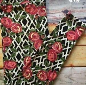 LuLaRoe Rose Trellis Pattern